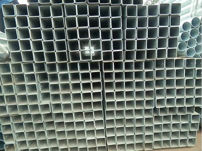 镀锌方立柱