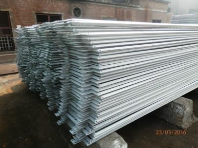 镀铝护栏板